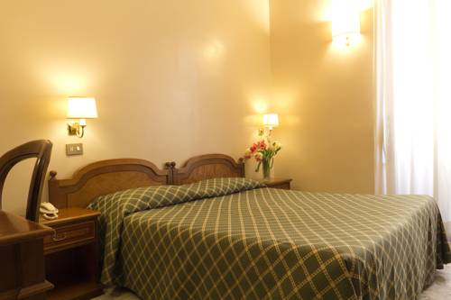 Hotel Continentale Deals