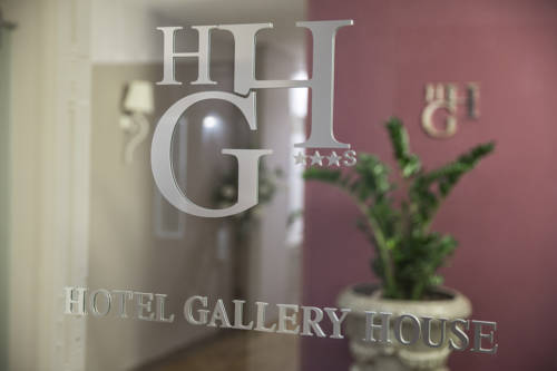 Hotel Gallery House Promo Code