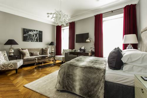 St Petersbourg Hotel Promotion