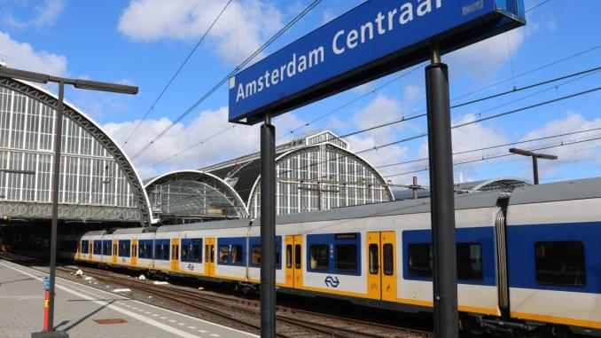 Trein op Amsterdam Centraal