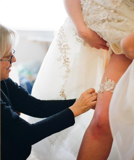Tradition Of Wedding Garter: Wedding Garter Traditions That You Need To Know