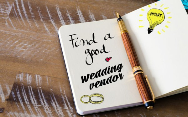when_to_book_wedding_vendors_900x560