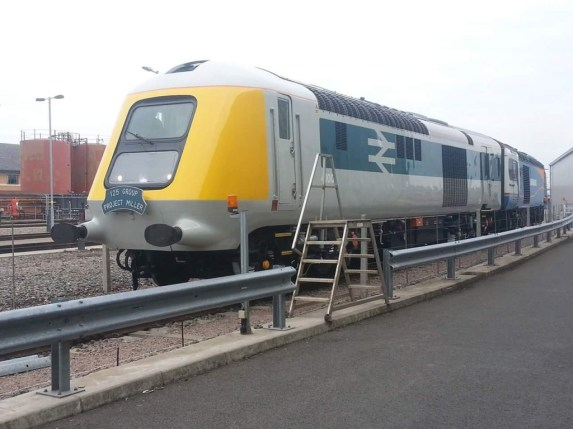 41001 seen back to back with 43048 at Etches Park Depot