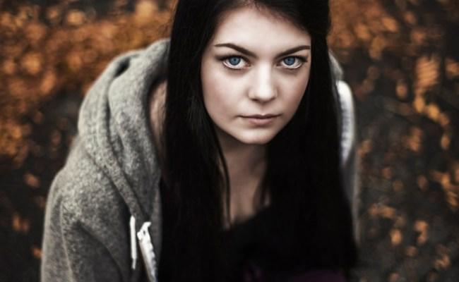 132.nl - eCursus Zelfvertrouwen - Assertiviteitstraining - Onzekerheid - Zelfbeeld - Vrouw