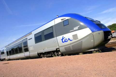 Le conducteur d'un ter perd un wagon avec ses passagers dans un tunnel !