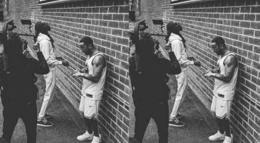 Snoop Dogg en feat avec Lacrim sur le titre West Coast (Son)