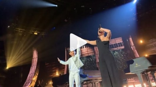 Alicia Keys invite son fils de 8 ans sur scène pour un duo phénoménal !