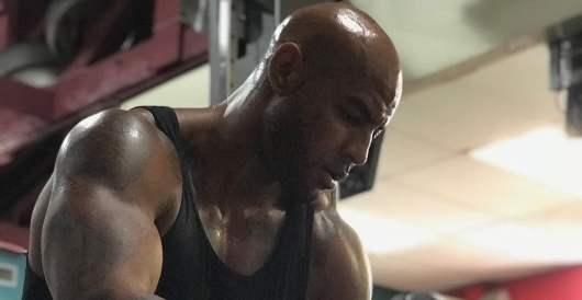 Le MMA bientôt légalisé en France, Booba réagit !