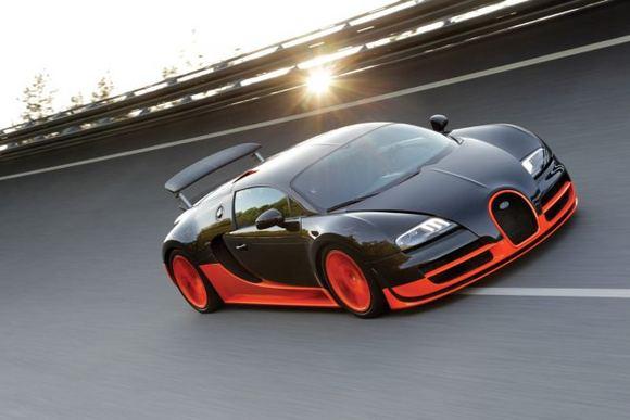 "Gamintojo nuotr./""Bugatti Veyron 16.4 Super Sport"""
