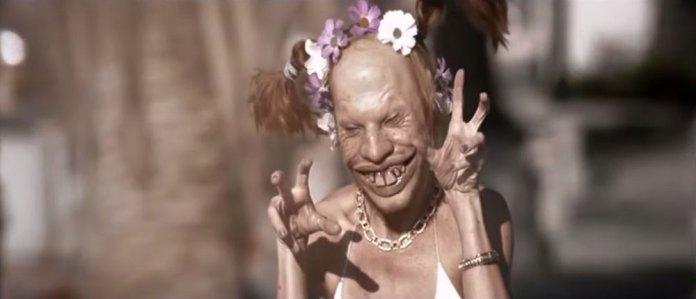 """Fig. 3: I """"Windowlicker""""-videoen ses Aphex Twins ansigt på en række kvindekroppe – her i en ekstraordinært forvrænget udgave."""