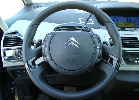 Test Drive Citroen Grand C4 Picasso  16 Valvulas