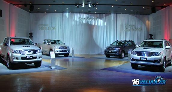 Nueva Toyota Hilux y SW4 2012