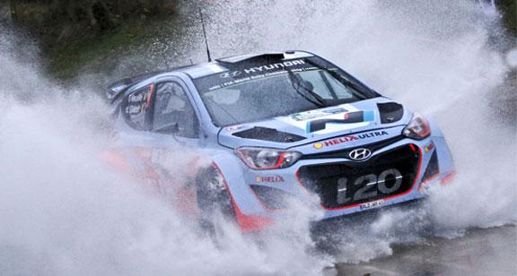 Jari Matti Latvala con el Volkswagen Polo R WRC ganó el Rally Argentina 2014