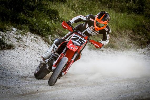 Honda supermoto slide