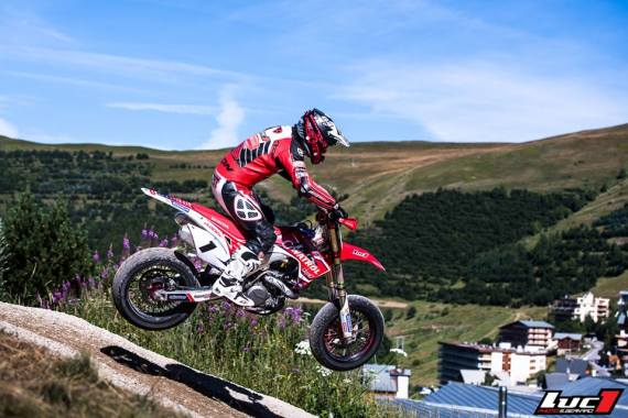 video alpe d'huez supermotard 2016