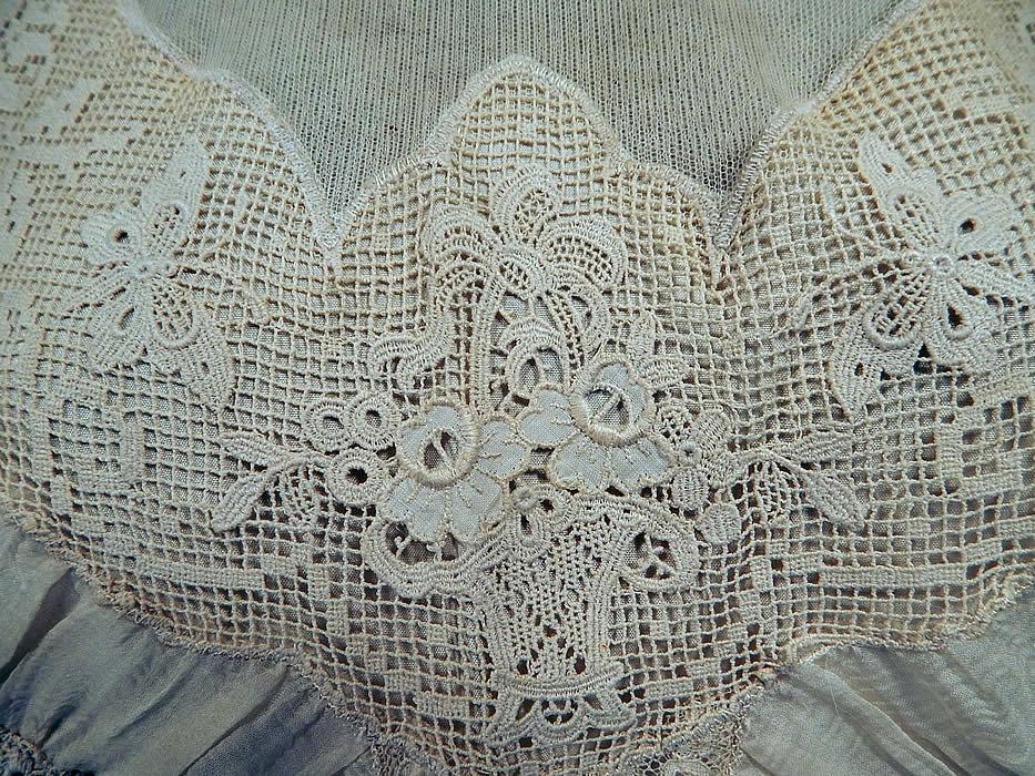 Vintage Victorian Style Ecru Cream Cotton Irish Crochet