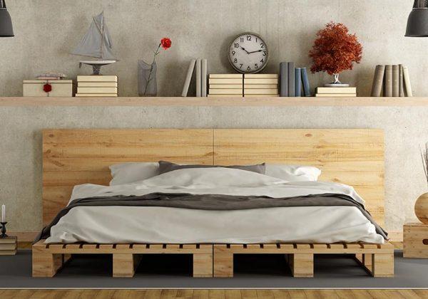 finition des meubles en palette en bois