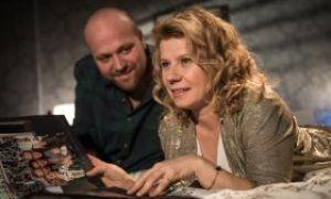 Läuft da etwa wieder etwas zwischen Klaus Beimer (Moritz A. Sachs) und seiner Ex-Frau Nina Zöllig (Jacqueline Svilarov)?