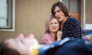 Großer Schock für Tanja (Sybille Waury) und Sunny (Martin Walde): Tanjas Sohn Simon wurde auf der Straße angefahren. Wird er überleben?