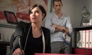 Angespannt ist auch die Stimmung bei Nico (Jannik Scharmweber) und Angelina (Daniela Bette). Denn die hält seine Idee, in Kevins Fitness-Geschäft einzusteigen, für eine glatte Fehlentscheidung.