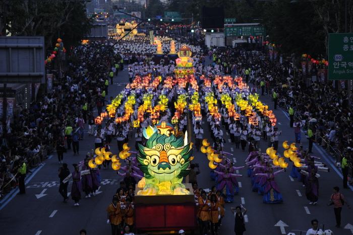 Lotus Lantern Festival Seoul - 1Adventure Traveler ...