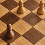 ¿Sabes qué es un gambito de dama? Aquí te explicamos la jugada