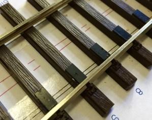 Gleitplatten montieren