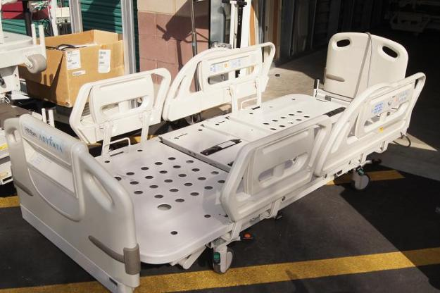 Hill Rom Advanta p1600 hospital bed for sale