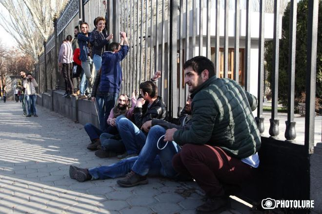 Protest action in support of Gevorg Safaryan took place in front of the RA National Assembly