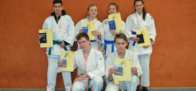 7 Medaillen bei der Kreiseinzelmeisterschaft der U 18 u. Plätze bei den Ruhrgames