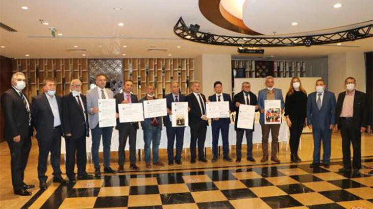 İYİ Parti Adana'da toplu istifa