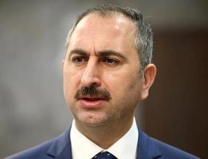 Bakan Gül'den KKTC Anayasa Mahkemesi'nin kararına tepki