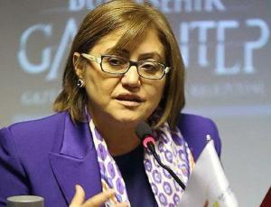 Fatma Şahin: 'Gaziantep'i Gri Pasaport Meselesine Karıştıran Ersin Kilit'le İlgili Suç Duyurusunda Bulunduk'
