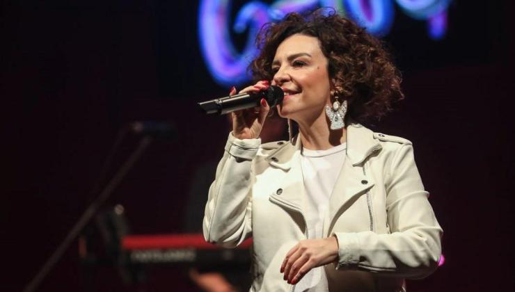 Fatma Turgut'tan online konser