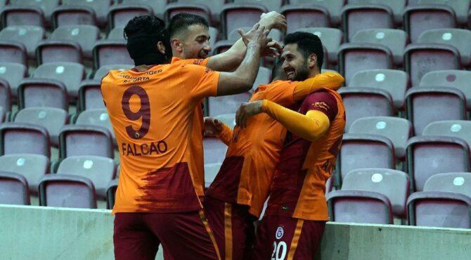 Pes etmeyen Galatasaray'ın kaderini belirleyecek iki maç