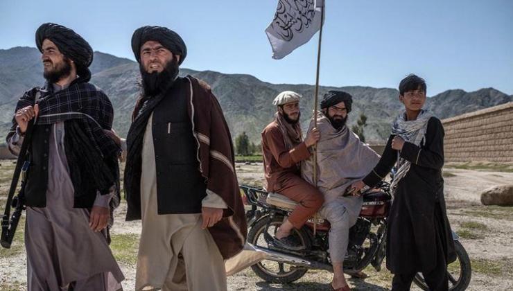 ABD'nin çekilmeye başladığı üslere Taliban yerleşiyor