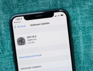 Apple şikayetler nedeniyle peşi sıra güncelleme yayınlıyor