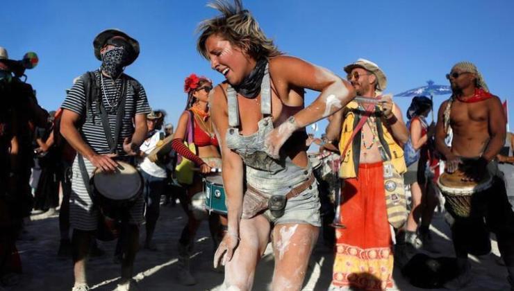 Dünyanın en büyük festivallerinden Burning Man'e koronavirüs engeli