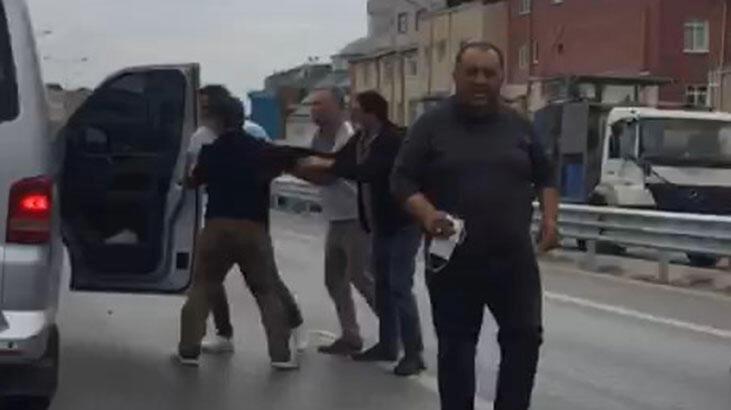 Pendik'te 'velayet' saldırısı! Yol kesip dehşet saçtılar