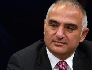 Rusya'da temaslarda bulunan Kültür ve Turizm Bakanı Ersoy'dan Sputnik V açıklaması
