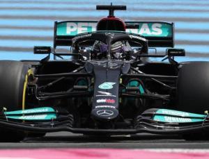 Azerbaycan'da Lewis Hamilton'a hata yaptıran düğme değiştirildi