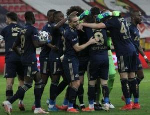 Fenerbahçe'de lale devri bitti! Yeni düzenleme…