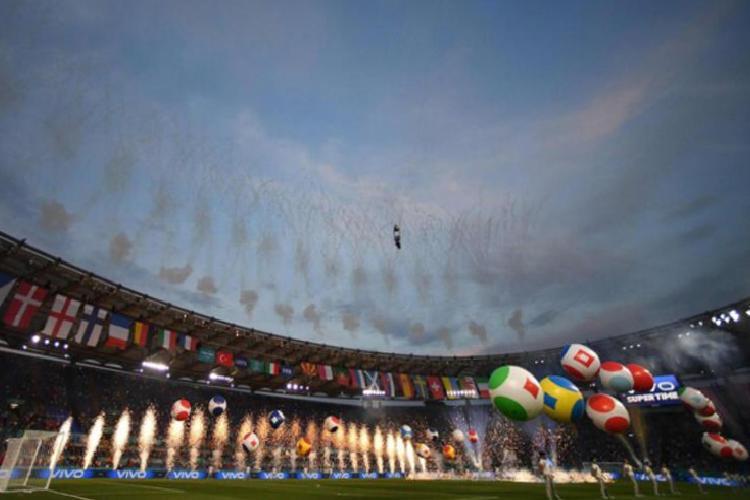 roma olimpiyat stadinda burak yilmaz italyan isme gitti gorkemli acilis 9 5JqEnYrF