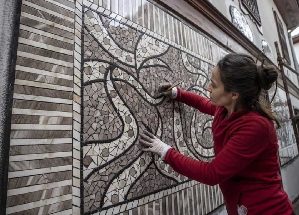 sanatci menekse bilgicin eserleri fener sokak duvarlarini susleyecek 7 dNqty9Qw