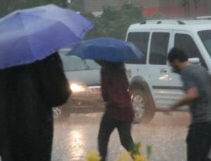 Yeni hafta yağışla başlayacak! Sağanak bitmiyor…