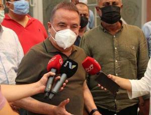 Antalya Büyükşehir Belediye Başkanı Böcek yangınla ilgili son durumu açıkladı