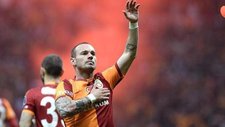 Wesley Sneijder'dan Galatasaray eleştirisi!