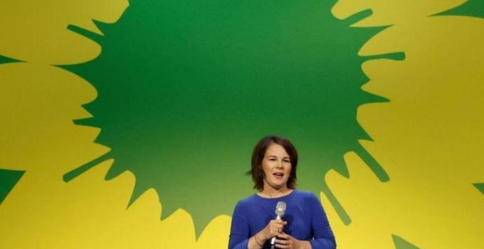 Almanya seçimleri: Yeşiller Partisi tarihinin en iyi seçim sonucunu genç seçmenler sayesinde aldı