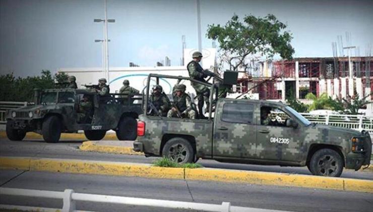 meksika'da çeteler, ordu mensuplarıyla çatıştı: 13 ölü