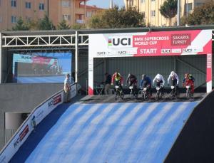 bmx supercross dünya kupası başladı